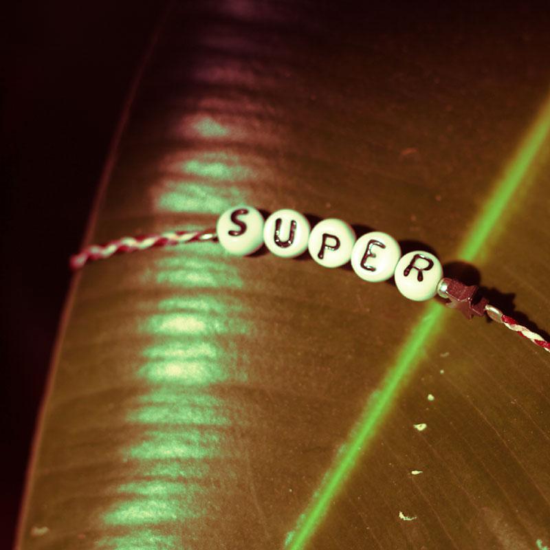 super-bracelet