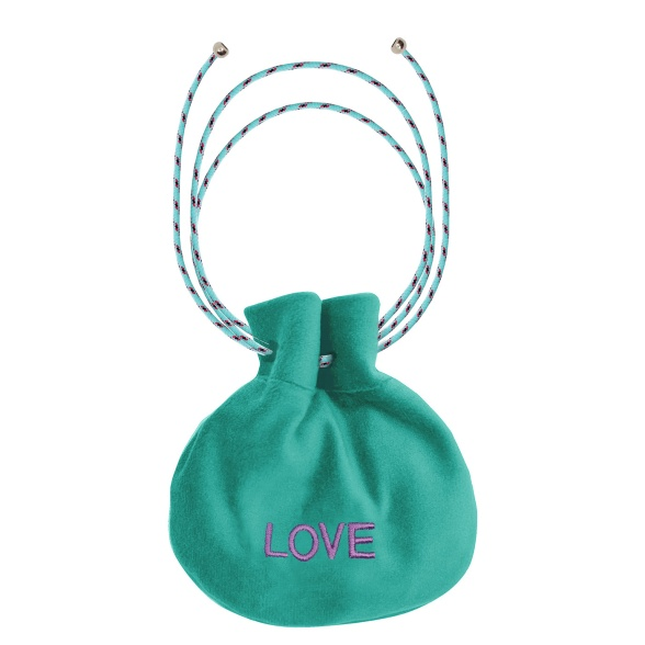 Love VEBL0052